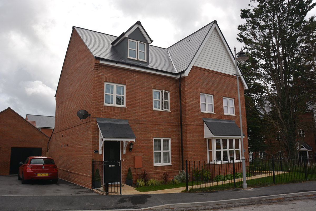 Bloor Homes Kings Gate Amesbury Penny Lane Spa 7fq R